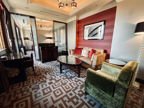 【スイート】54平米ベッド幅120cm×2台 ゆとりある贅沢な空間