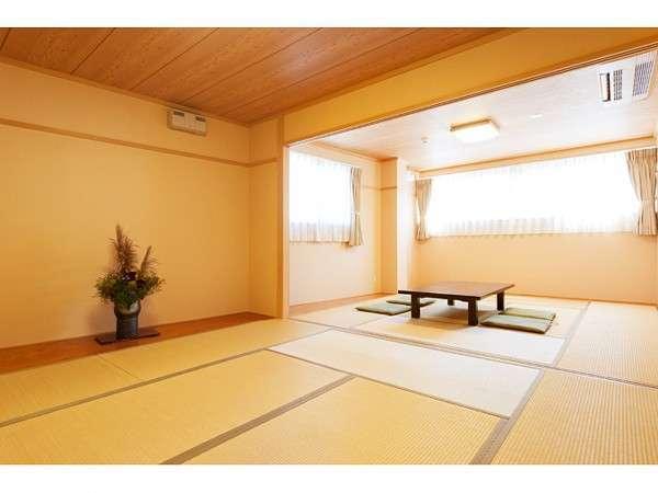 2間続きの和室16畳(4~8人)トイレ、洗面所付きで明るいお部屋です