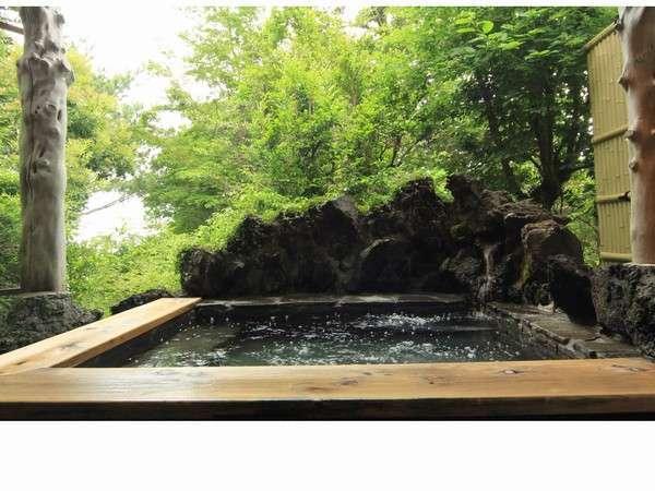 貸切無料の温泉露天風呂
