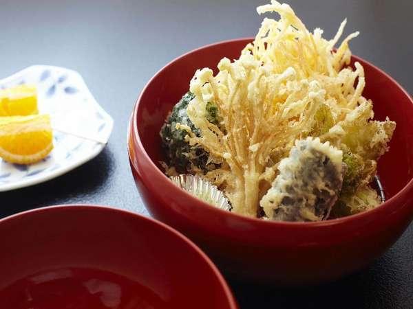 こだわり住職の天ぷら。揚げたてをご提供。