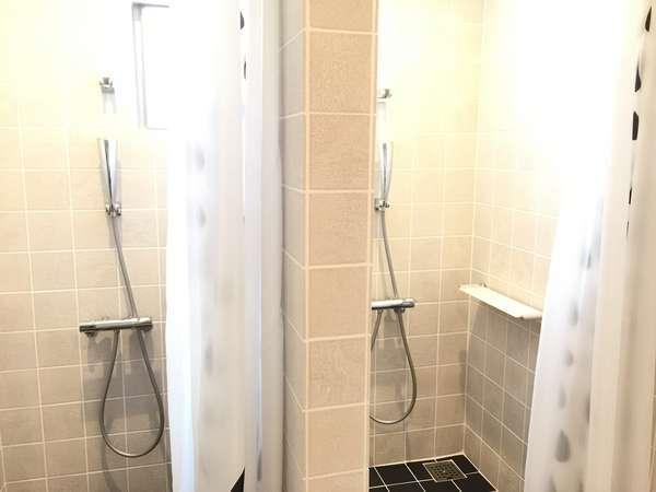 【女性専用】シャワー室は男女別で女性は洗顔・メイク落としも完備!シャンプーも選べます♪
