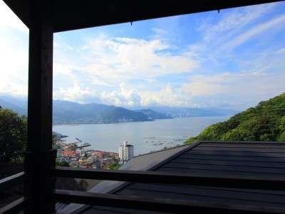 各客室(3室)のテラスから望む海の景色