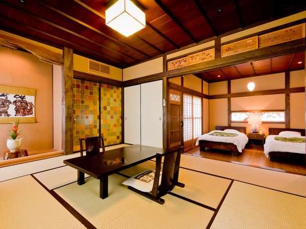 【客室/草案】和室、囲炉裏の間、寝室と3間続きの広い造りでございます