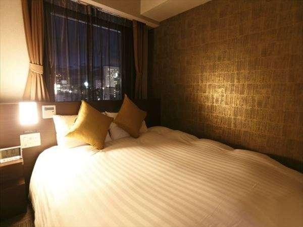 ◆クイーンルーム 18㎡ ベッド幅160cm×195cm