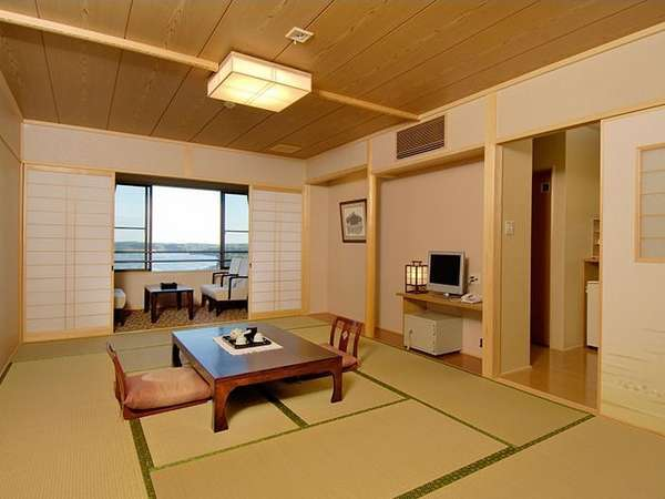 新館客室の一例。12.5畳と7.5畳のゆったりとした造り