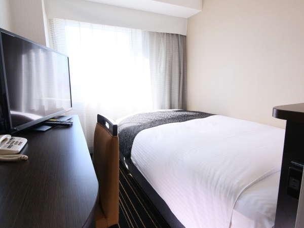 シングルルーム:全室LAN/Wi-Fi接続無料。空気清浄器設置