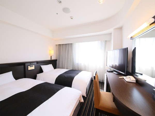 ツインルーム:全室LAN/Wi-Fi接続無料。空気清浄器設置