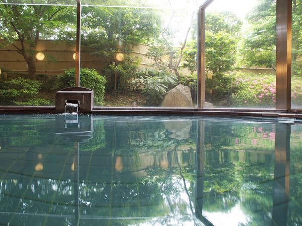 ◆大浴場。お湯は、比良の名水+ラジウム鉱石の、人工ラジウム鉱泉です。