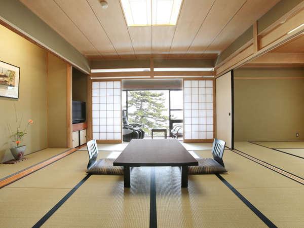 ☆和室一例。お部屋の目の前が白砂青松の琵琶湖畔で広縁からの眺めも良好です。