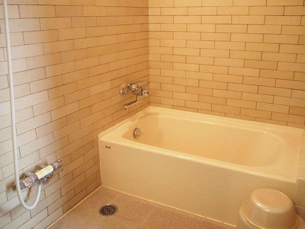 *【角部屋】他のお部屋よりも広めの浴室を完備しております