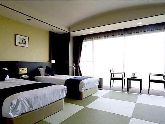和室ベッドタイプ8畳☆世界の高級ホテルから選ばれる「シモンズ」製のベッドで極上の睡眠を体験ください。