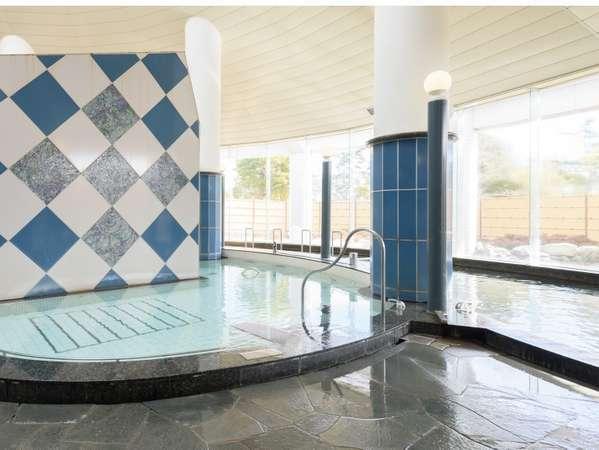 大浴場(男性側)浮き湯、ジェットバス等さまざまな種類の浴槽とミストサウナをお楽しみいただけます。