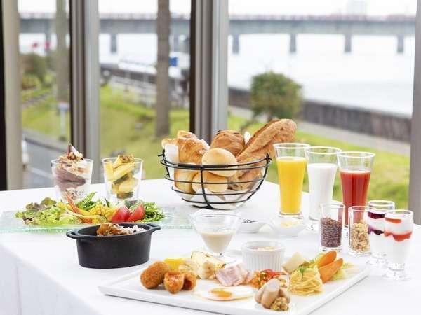 【食彩健美 一木一草】朝食バイキング洋食イメージ