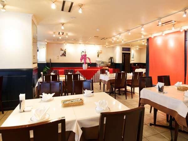 1階レストラン「ブリランテ」