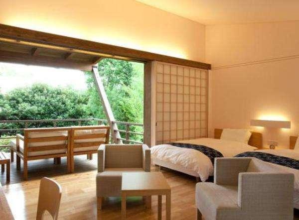 【里山リゾート さつき別荘】玉名温泉の高台に建つ源泉掛け流しの宿