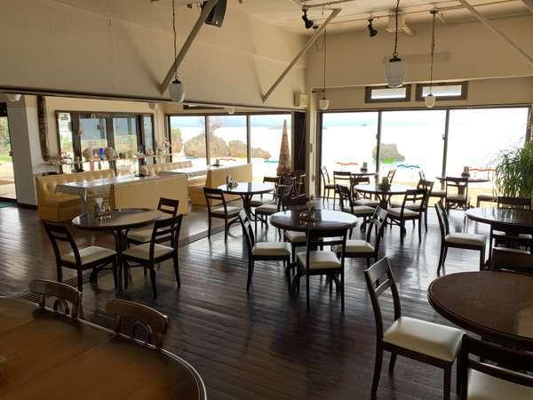 レストラン 海を見ながらお食事をお楽しみ頂けます。撮影日2019年1月