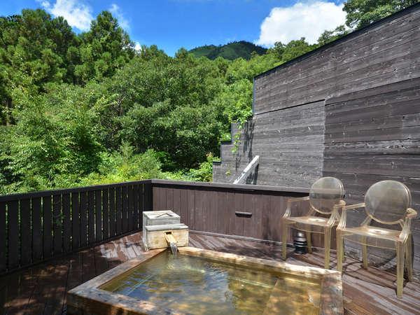【茜】露天風呂内湯の外には露天風呂もございます!贅沢にお風呂三昧♪