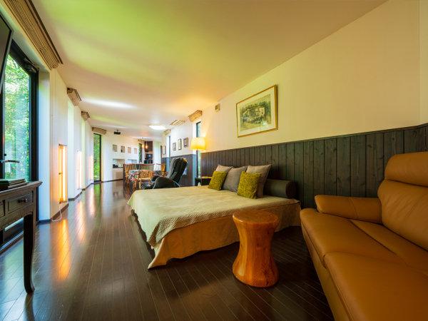 【森】リビングルーム。回廊をイメージした素敵な空間