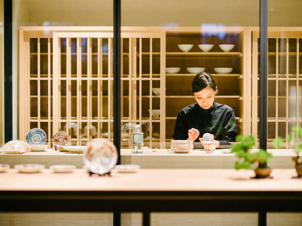 kanra shopには職人の技が光る金継工房「HOUSE OF CRAFT」を併設しています。