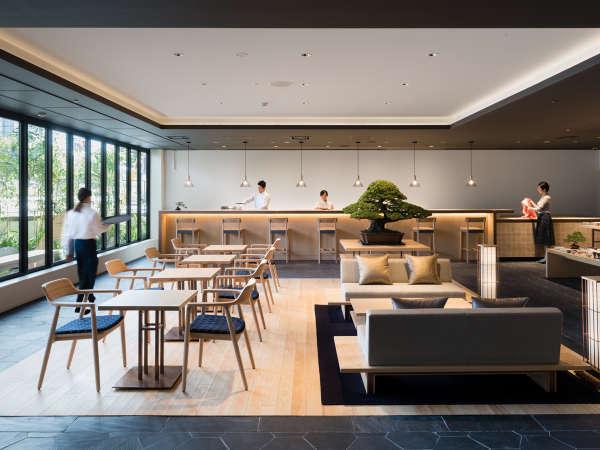 「kanra lounge」は日中はカフェとして、夜はバーとして様々なシーンに合わせてご利用いただけます。