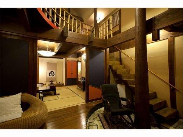 2階建て(メゾネット)・内風呂・露天風呂付の和洋室です。特別室になります。