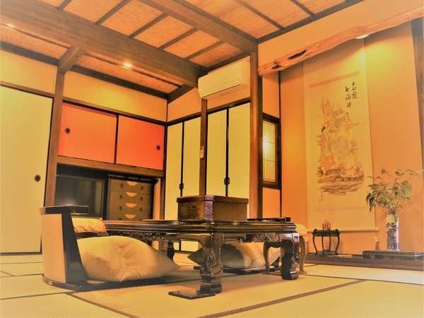 【離れ/庵間】庭園風呂付の客室です。ゆっくりと流れる時をお愉しみ下さい。