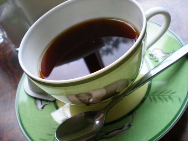お声かけいただければ、館内にてあたたかいコーヒー・紅茶のサービスを致します。