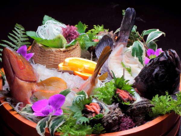 新鮮地魚のお造り盛合せ