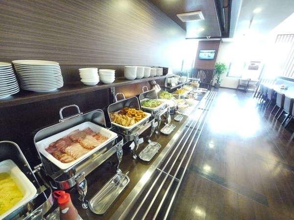 朝食バイキングは朝6時30分から9時までご利用いただけます。