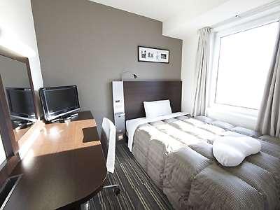 【シングルルーム】ダブルエコノミー客室(ベッド幅140cm)※フットピローはフロント貸出しとなります