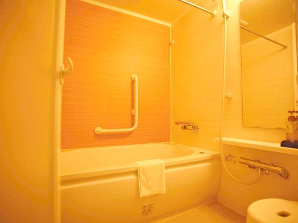 *デラックスツインルームはバスとトイレが別々のお部屋でございます。
