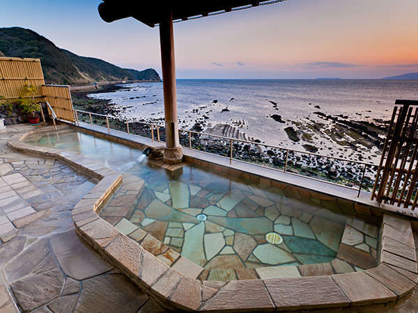 【和歌山加太温泉 シーサイドホテル加太海月】加太海水浴場まですぐ!絶景の紀淡海峡ビューと最高の温泉&海幸
