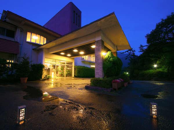 ■外観■~ようこそ、九重観光ホテルへ~