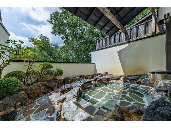【露天付客室充実の宿 仙石原 品の木一の湯】天然温泉の専用露天風呂をリーズナブルな価格でご用意しています!