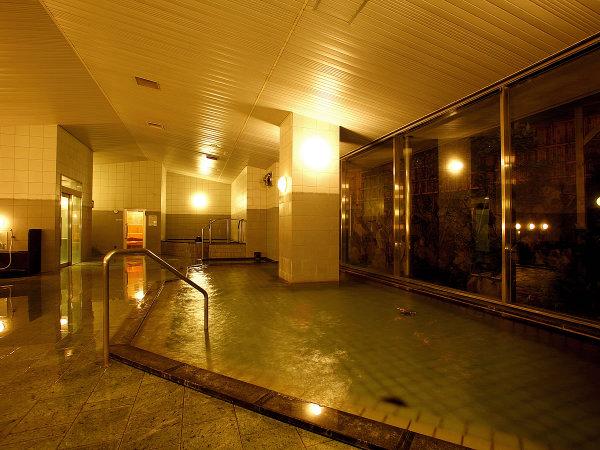 【大浴場】露天風呂・サウナ・ジャグジーも楽しめる「千人湯」でおくつろぎ下さい