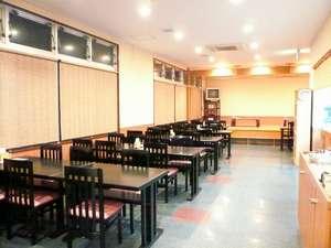 1Fレストラン『みなみ』 美味しい沖縄料理をお手軽な価格で提供致します。※日曜定休(臨時休業あり)