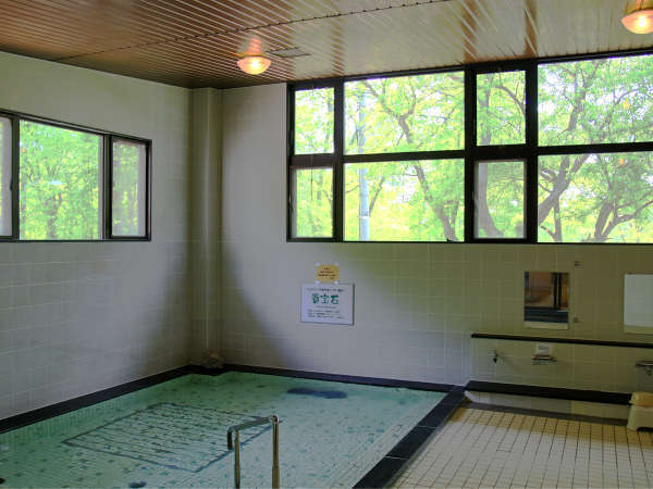貴宝石大浴場(サウナ付)夜11時までご利用いただけます。