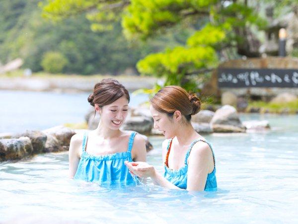 温泉の特徴は、Wの美肌効果に保湿性!