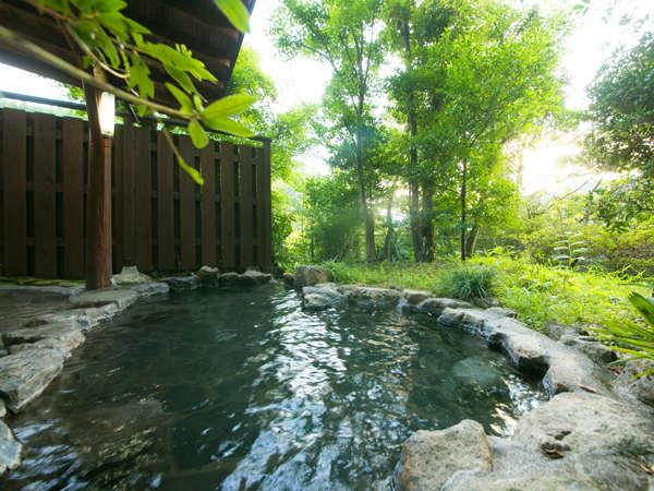 【貸切露天風呂】開放感溢れる贅沢な空間をひとり占め☆
