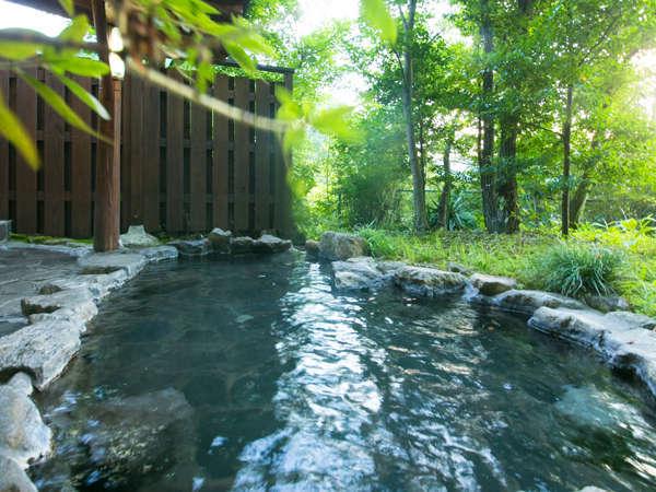 【貸切露天風呂】自然に囲まれてリラックス♪