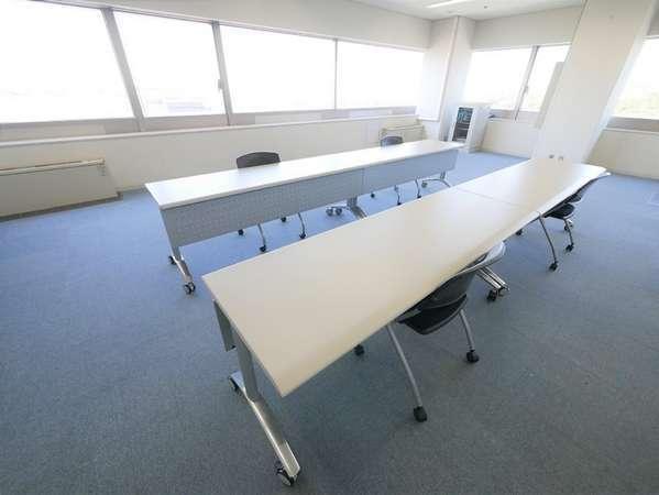 多摩永山情報教育センター併設しています。面接や説明会にもご活用いただけます