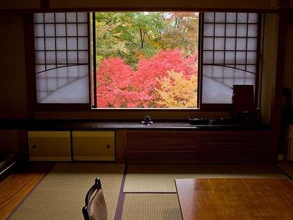客室から望む秋の風景