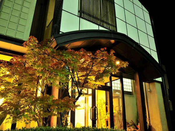 ようこそ。上野屋旅館へ…