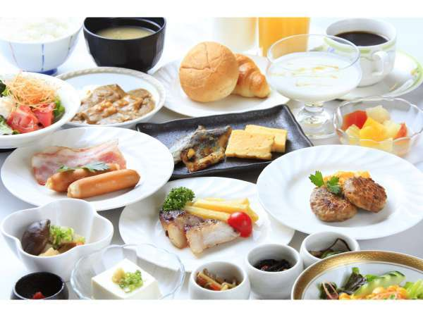 健康と地元産にこだわった元気朝食(和洋バイキング)※提供例