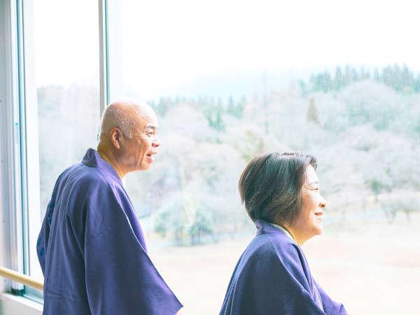 全ての客室が阿蘇五岳側なので、客室の窓から阿蘇の大パノラマを一望できます。