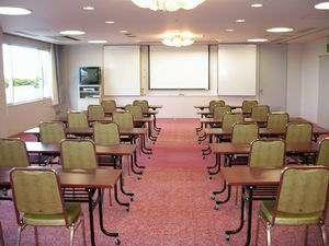 ≪会議室≫会議・研修などのご利用も可能です。