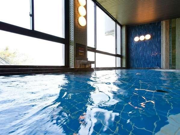 【大浴場】:清潔感あふれる♪内湯は「光明石温泉」という人工温泉です。