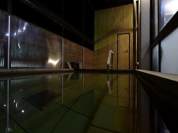 すばらしい景色、開放感を「光明石のお風呂」でご満喫ください。