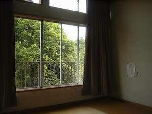 10畳タイプ、部屋の広さ京間の10畳分あります。