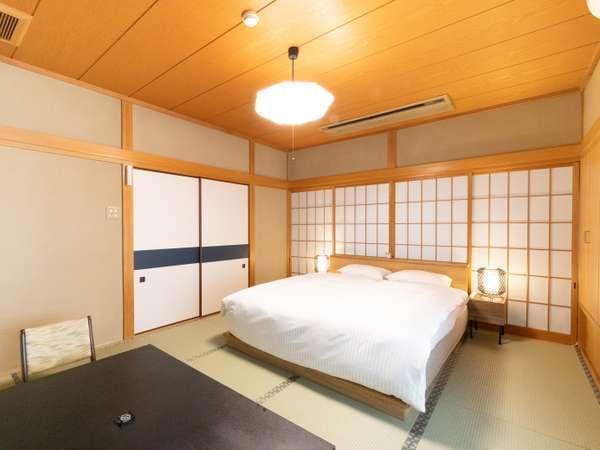 【お部屋】離れの特別室「海南荘」のダブルベッド